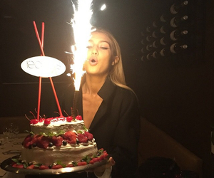 gigi hadid, birthday, and model image