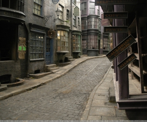 harry potter and digory alley image