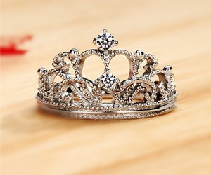 crown and ring image