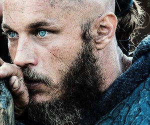 vikings, ragnar, and travis fimmel image