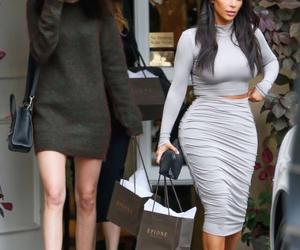 fashion, kim kardashian, and kendall jenner image