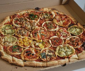 pizza and food image