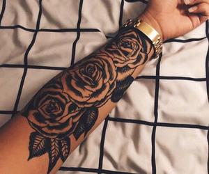 tatuagem, flor, and braco image
