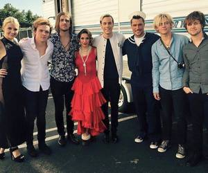 dwts, r5, and riker lynch image