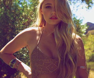 lia marie johnson, blonde, and lia image