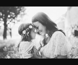 mother&daughter image