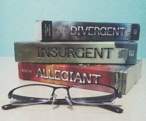book worm, books, and divergent image