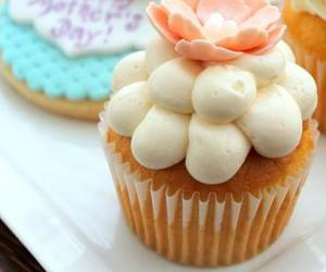 cupcakes, check please, and chicago gourmets image
