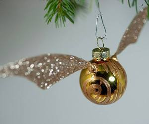 harry potter, christmas, and snitch image