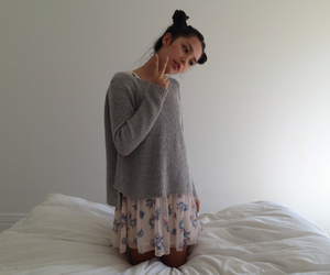 pale, fashion, and girl image