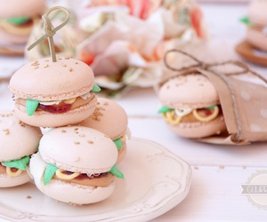 macarons, nice, and hamburguesas image