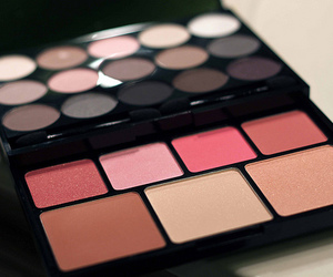 makeup, girly, and cosmetics image