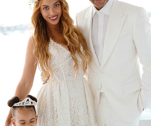 beyoncé, jay z, and blue ivy image