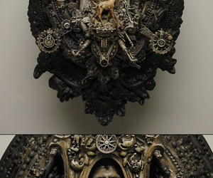 Kris Kuksi and sculpture image
