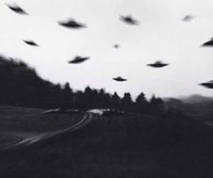 alien, grunge, and dark image
