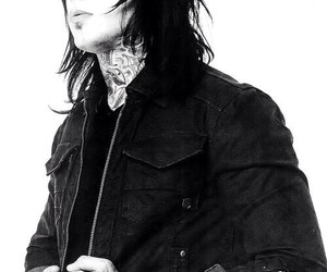 ronnie radke, falling in reverse, and band image