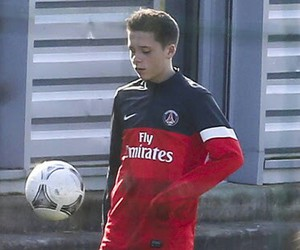brooklyn beckham and psg image