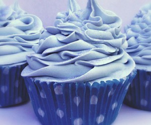 blue, cupcake, and cupcakes image