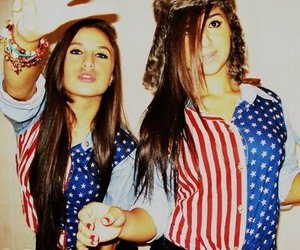 girl, usa, and friends image