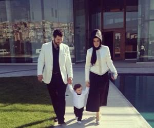 muslim family image
