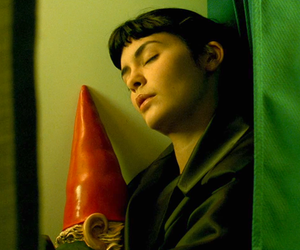 amelie, garden gnome, and audrey tautou image