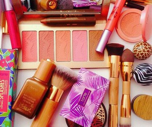 glamour girl, makeup brushes, and pretty makeup image