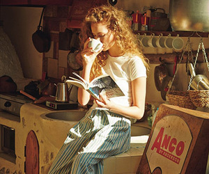 girl, vintage, and book image