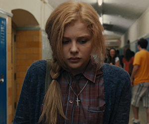 carrie, chloe moretz, and movie image