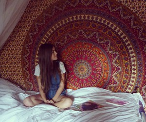 beautiful, bed, and girl image