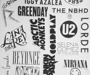 bands and black and white image