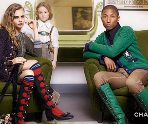 chanel and cara delevingne image