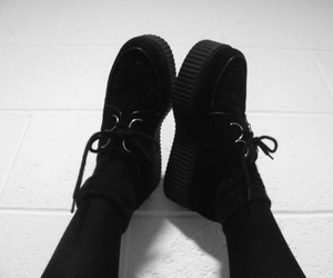 fashion, creepers, and grunge image