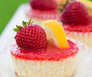 strawberry, dessert, and cheesecake image