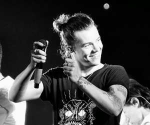 Harry Styles, one direction, and smile image