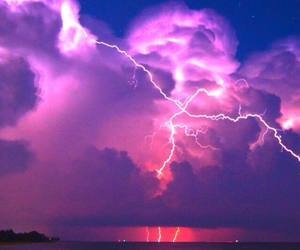 sea, wallpapers, and lightning image