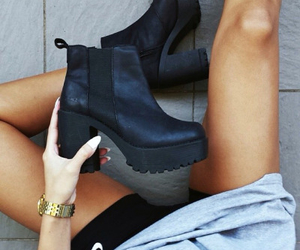black, boots, and girls image