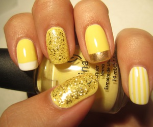 nails, yellow, and gold image