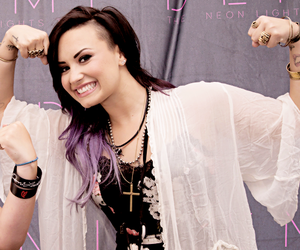 demi lovato, demi, and strong image