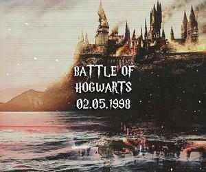 harry potter, hogwarts, and battle of hogwarts image