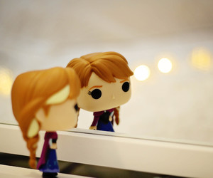 anna, frozen, and funko image