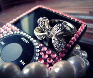 ipod, pink, and ring image