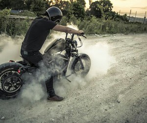 cafe racer, motorcycle, and moto burn out image