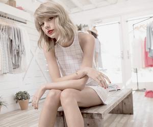 beautiful, idol, and photoshoot image