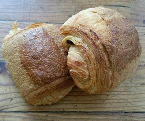 chocolat, croissant, and food image