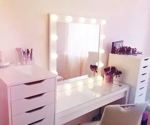 room, makeup, and pink image
