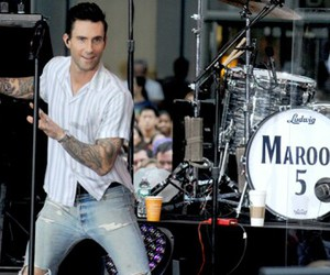 bands, maroon 5, and adam levine image