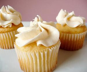 cupcake and vanilla image