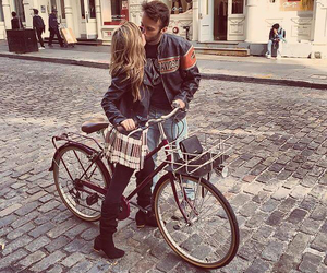 bike, nyc, and couple image