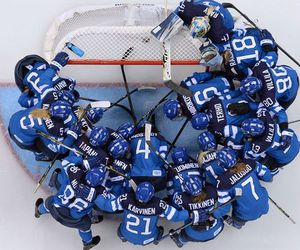 finland, gold, and Ice Hockey image