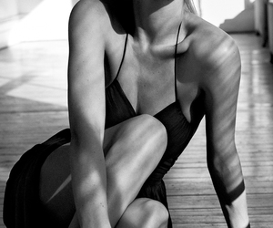 model, Doutzen Kroes, and black and white image